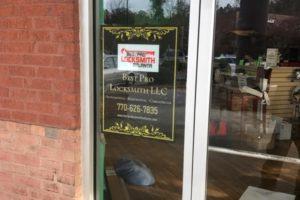 Best Pro Locksmith Atlanta Store Front Signage